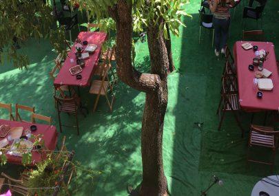 patio-elalberguedesiguenza
